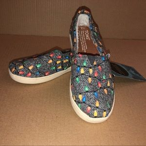 Youth Toms glow in the dark tree light loafers